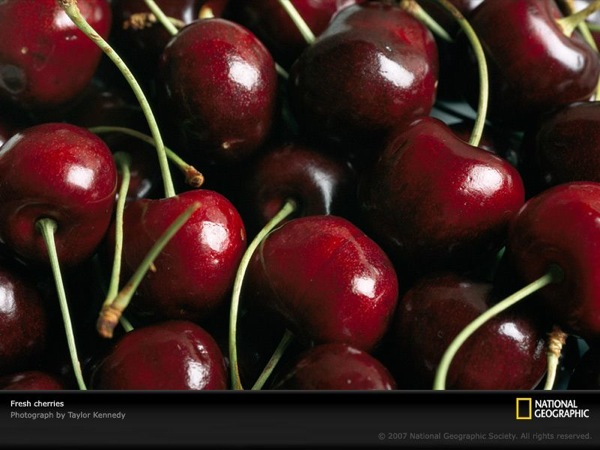 fresh-cherries-967760-sw.jpg